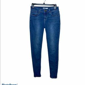 Levi's 535 Super Skinny Jeans. Size 28.